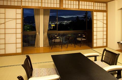 特別室スイート(厳島神社大鳥居が見える夜景)